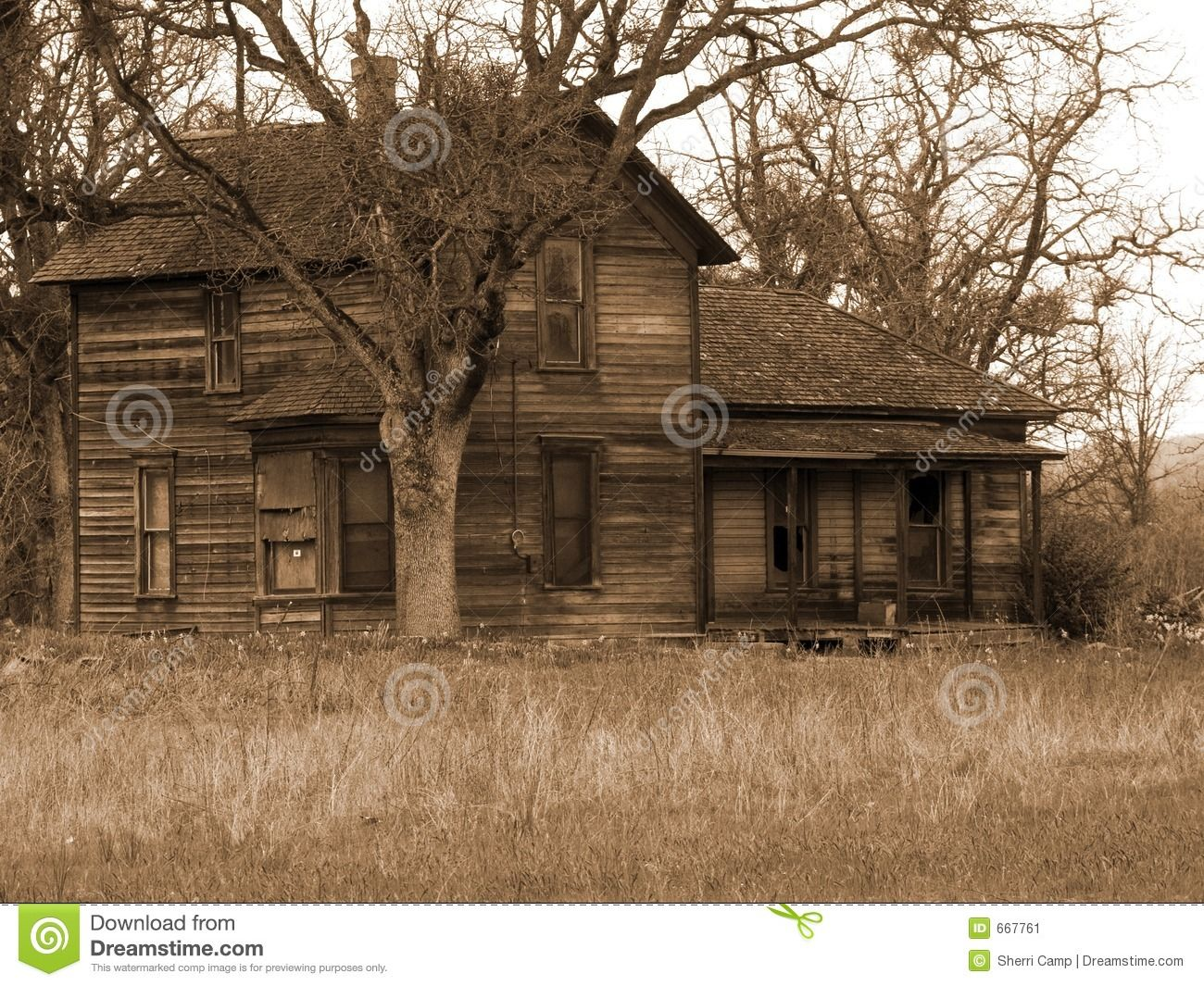 Due To Everyone Either Being In Jail Or Watching The Trials Farms Were Abandoned And Forgotten About Old Farm Houses Scary Houses Abandoned Houses
