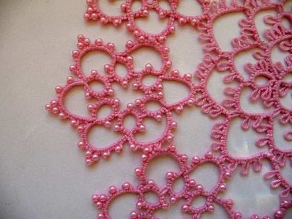 Dew drops lie on the delicate pink flowers! It's 510 beads!