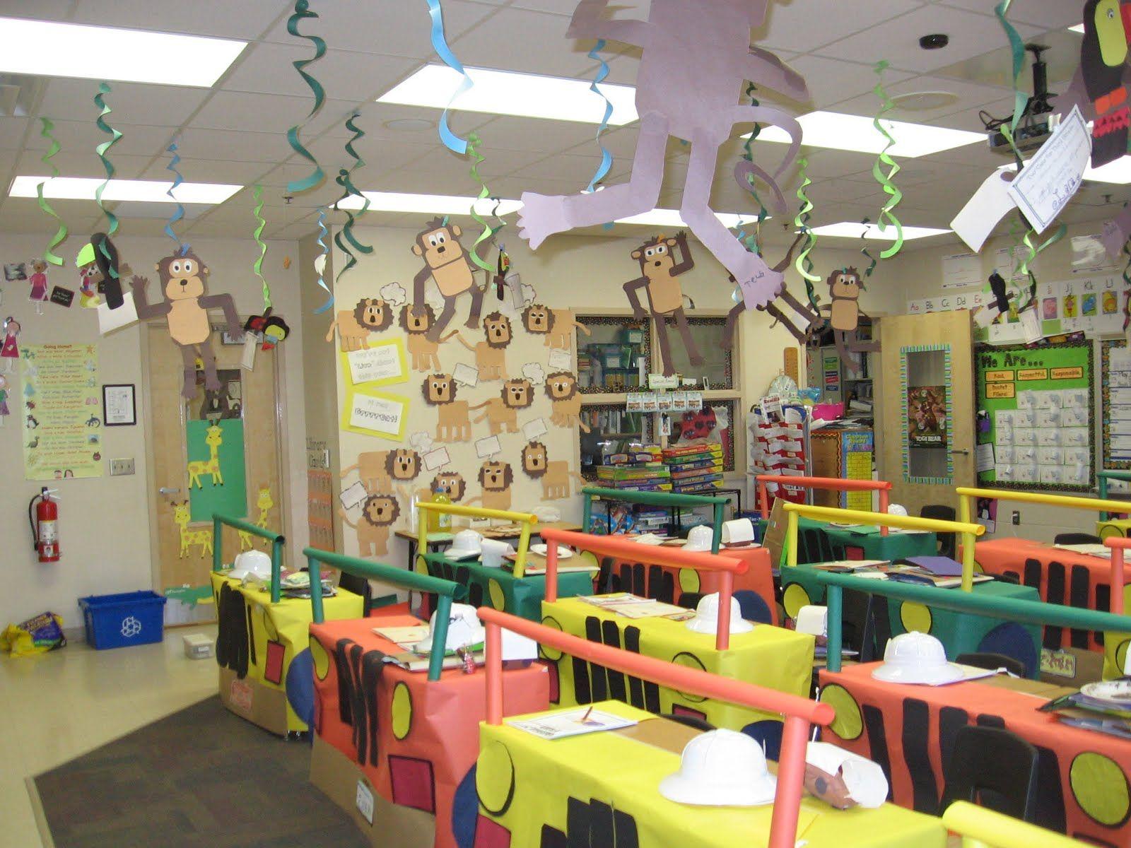 Safari Classroom Decoration I Love How The Teacher Turned The Desks Into Jeeps