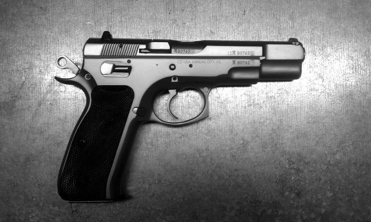 CZ-75 Pistol B & W - http://www.RGrips.com
