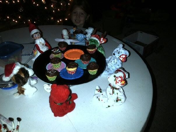Suzy Jingle Bella made cupcakes for her friends!  Elf on the shelf
