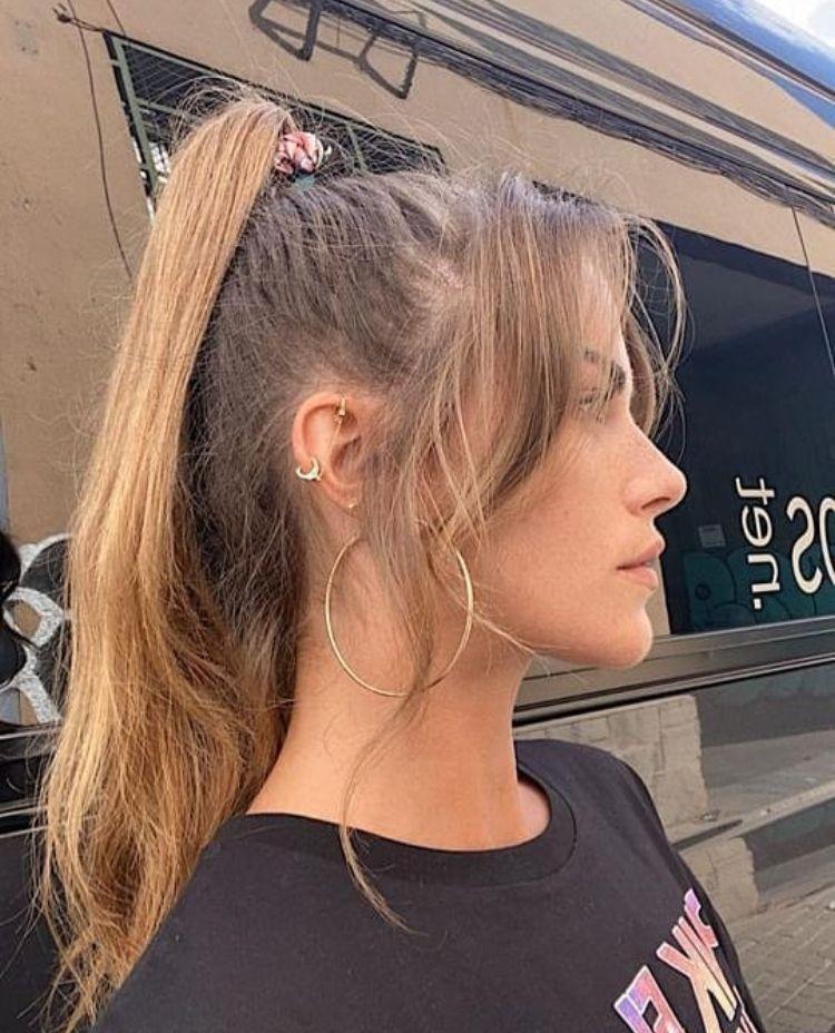 Clara Berry Coupe De Cheveux Cheveux Clara Berry