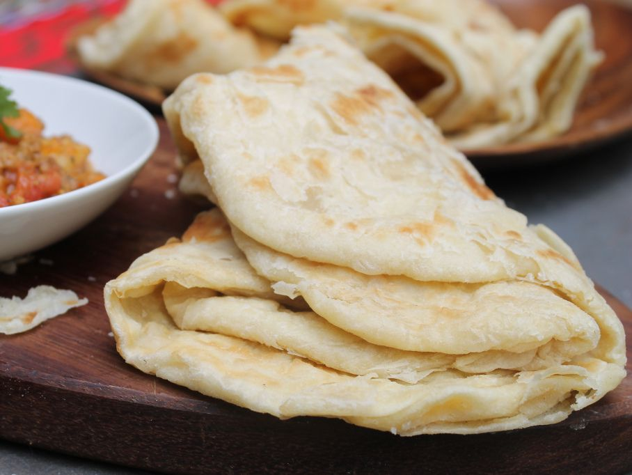 TRINIDAD ROTI: THIS (DEFERENTIAL) WHITE GIRL'S ATTEMPT AT THE GREATEST FLATBREAD ON THE PLANET   Haitian food recipes. Trini food