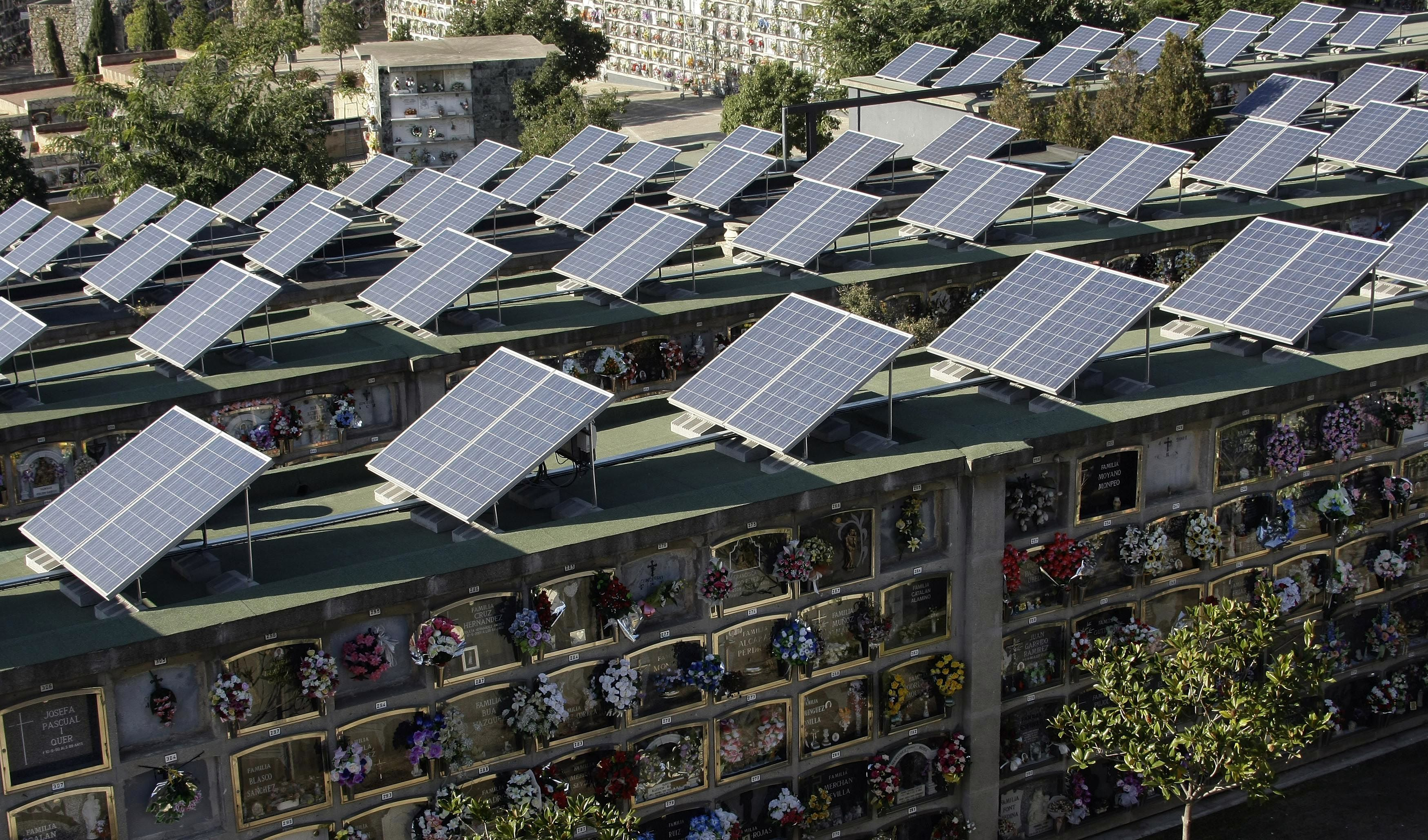 Nearly Half Of Spain S Electricity Came From Renewables Last Month Solar Renewable Energy Solar Power Source