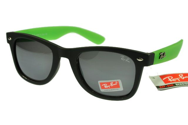 6274bf384e69b5 Ray-Ban Wayfarer 1878 Black Green Frame Gray Lens RB1032