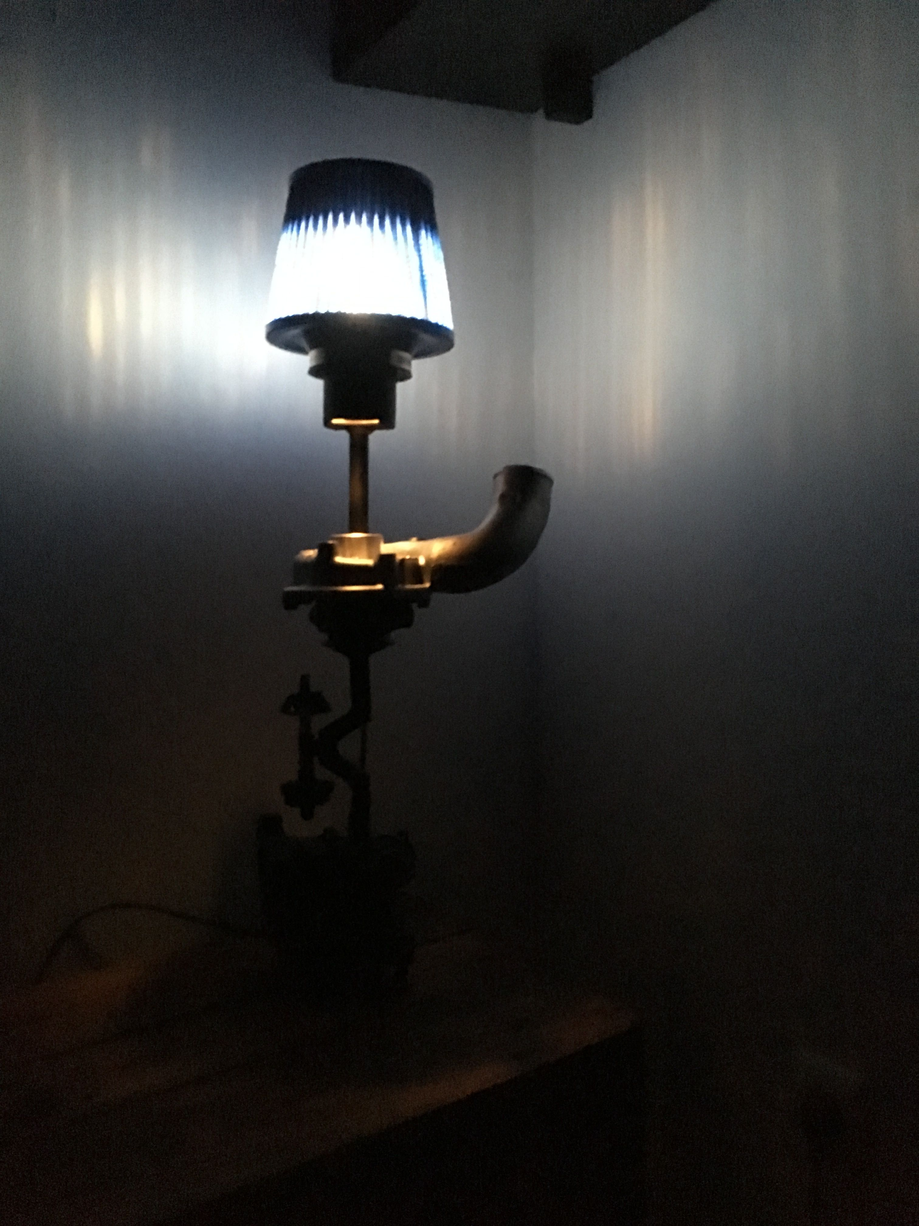 Turbocharger Industrial Table Lamp made with car parts for your inspiration Turbolampe Lampe