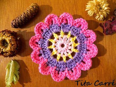 Motivo em crochet Flor Alegre e colorida | gehäkelte Blumen, Blumen ...