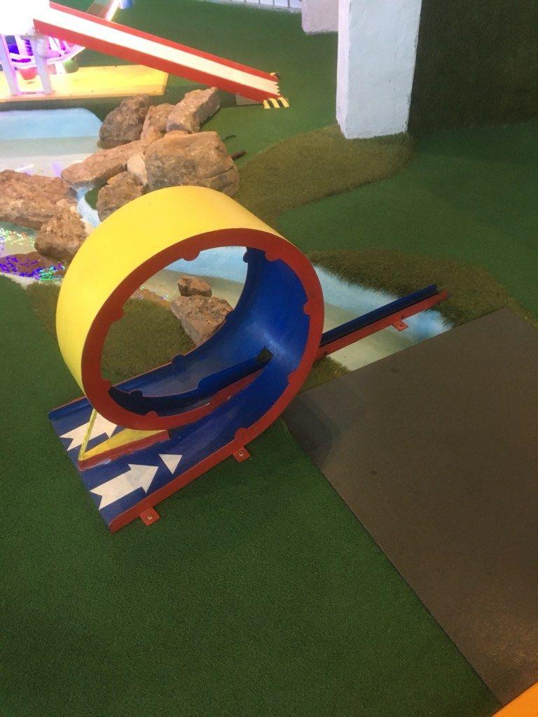 Can Can Wonderland Hole 2 — Mini Golf Reviews   Mini golf ...