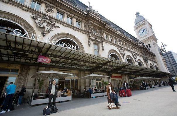 Gare de lyon paris gare de lyon pinterest - Chambre d hote paris gare de lyon ...