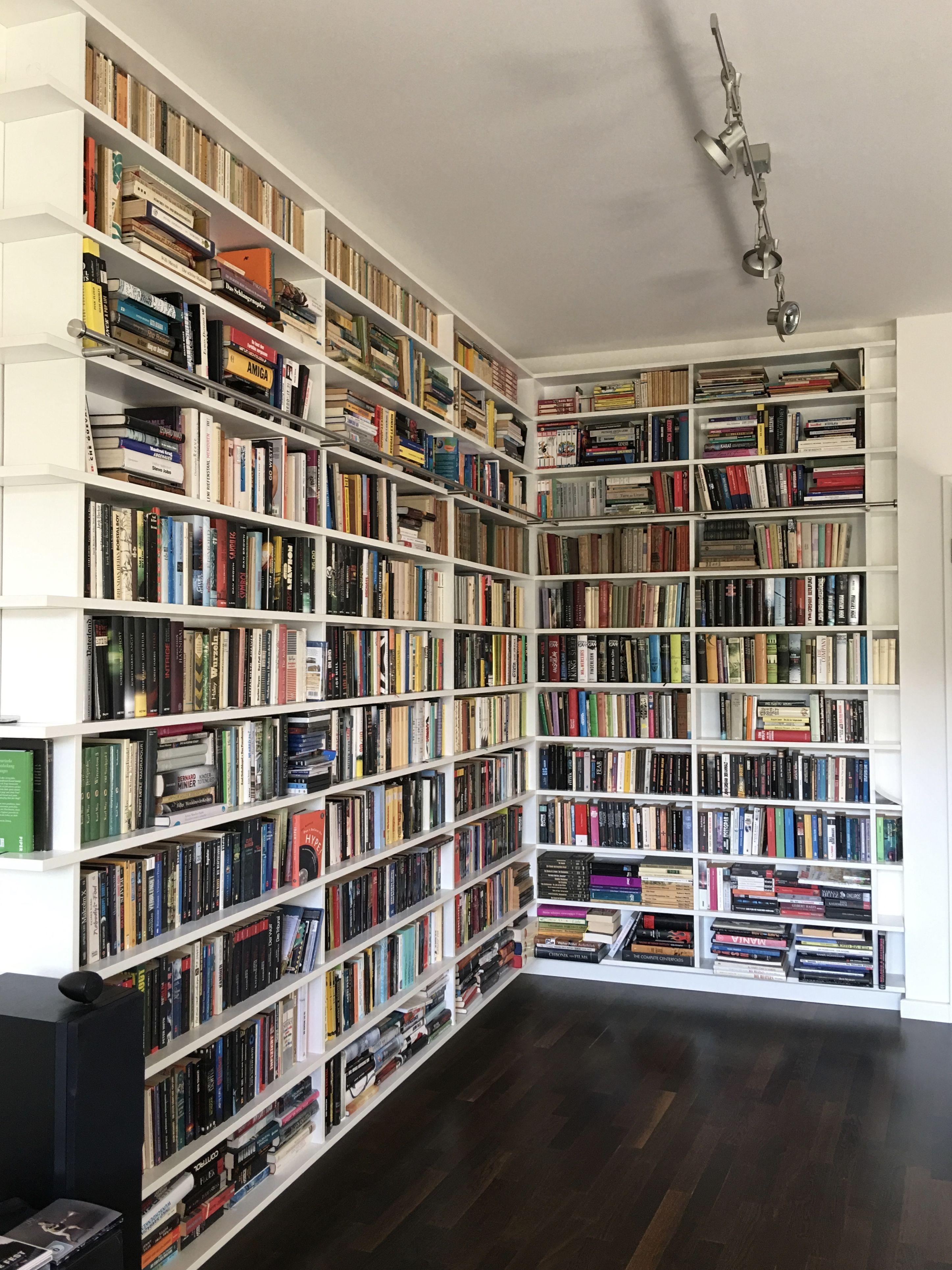 Bücherregal über Eck Wandhängend Keine Sichtbaren Schrauben Oder Verbinder Eck Bücherregal Wohnzimmer Regal Bücherregal Ideen