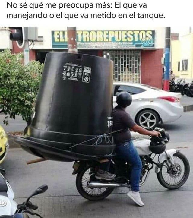 Pin De Camila Rivera En Memes Divertidos Memes Graciosos De Borrachos Memes Estupidos Memes Divertidos