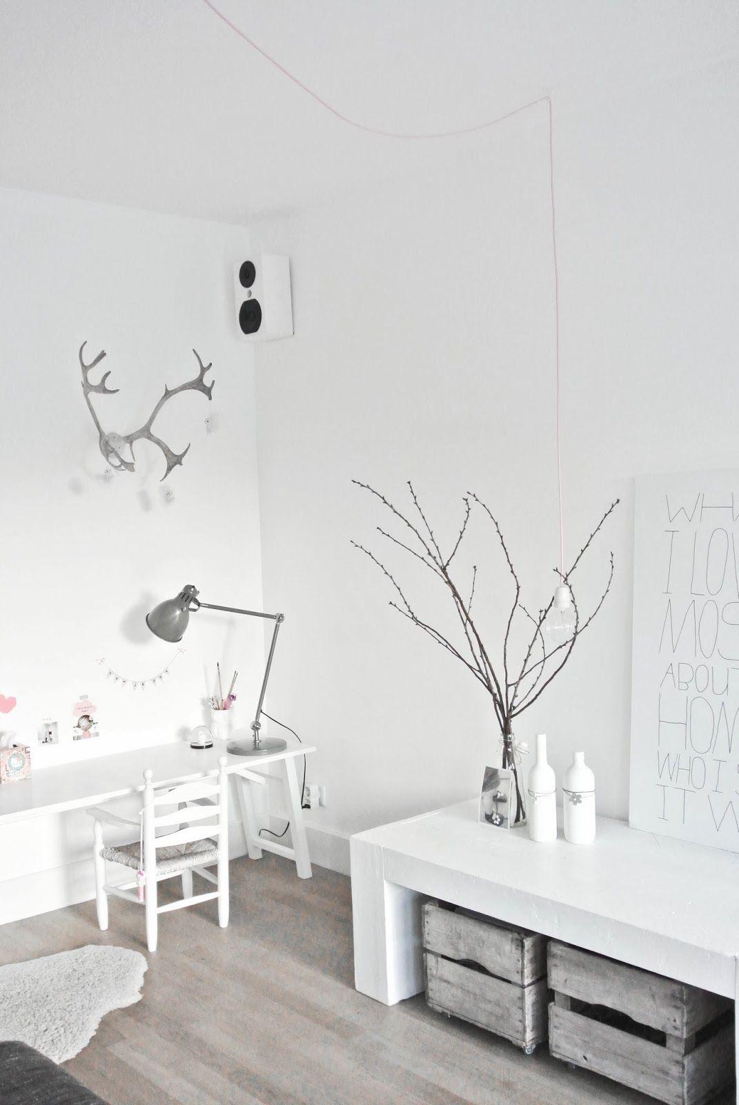 Kinderhoekje in de woonkamer. Lekker Fris: DIY lamp van snoerboer ...