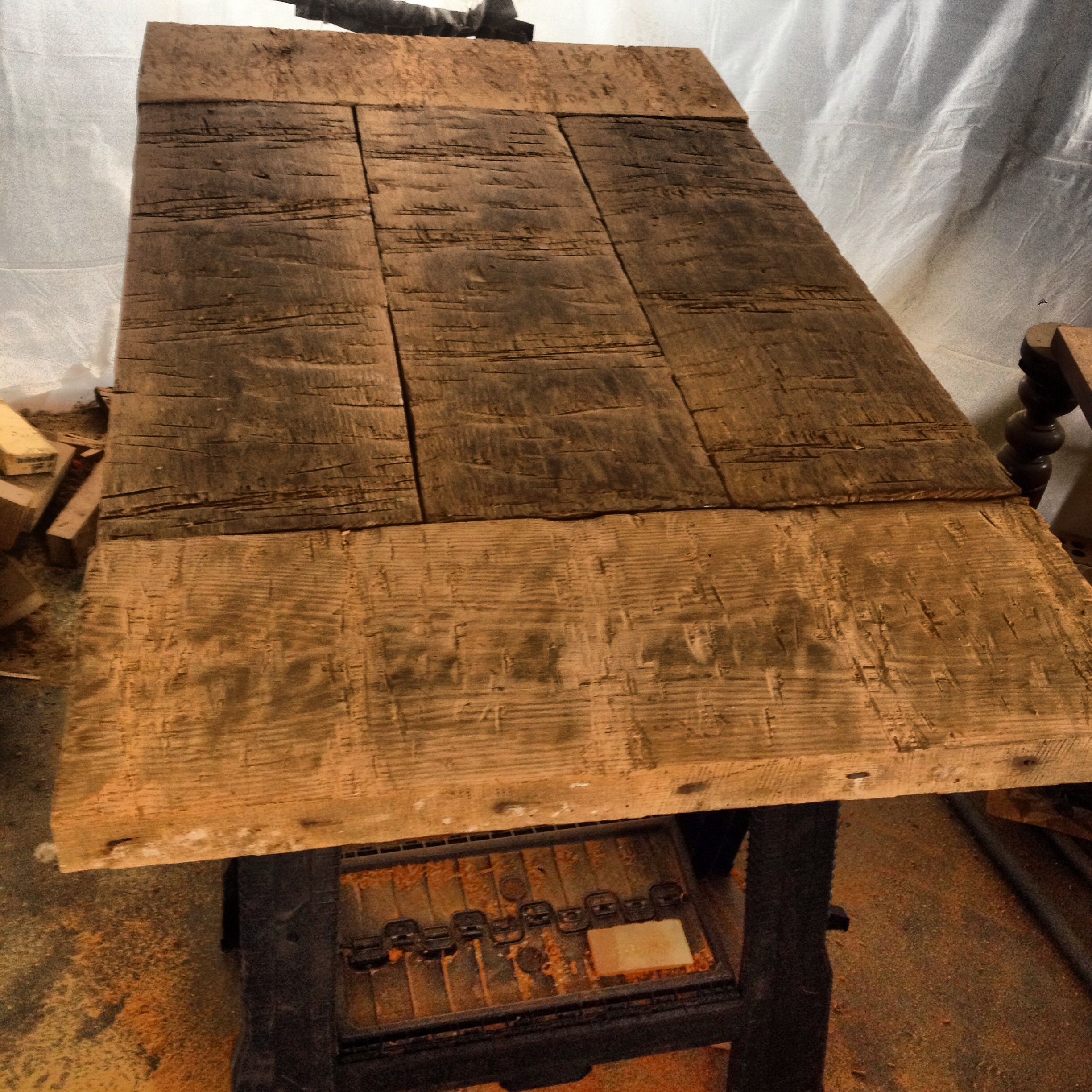 Charmant Hand Hewn Oak Tabletop For A Rustic Harvest Table.