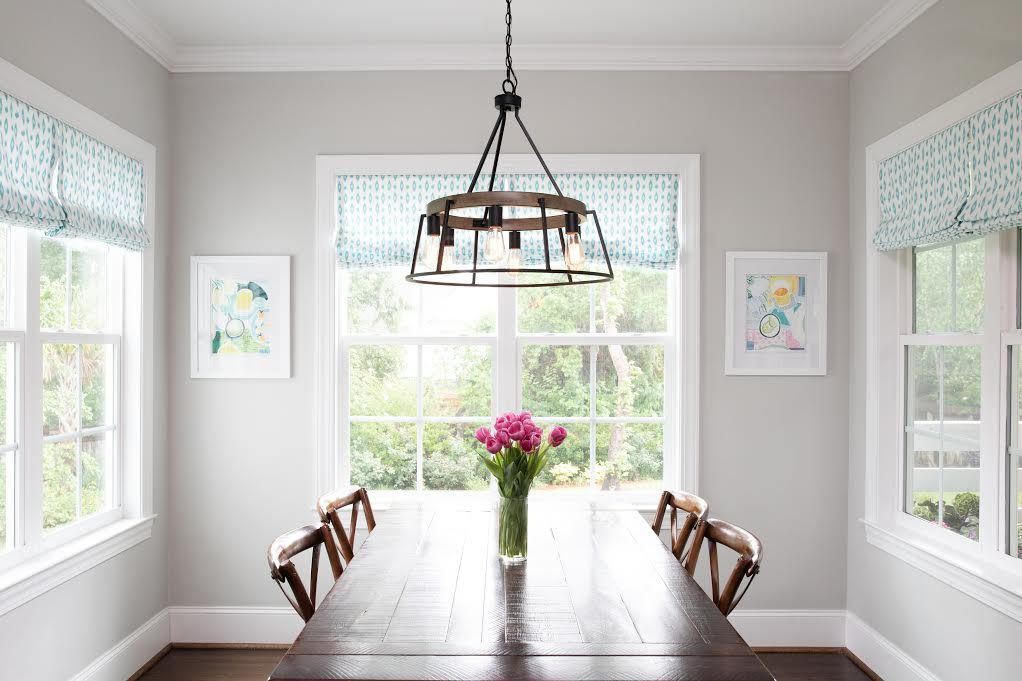 Dining Room Chandeliers What S Right For You Capitol Lighting Dining Room Chandelier Bright Rooms Dining Room Lighting