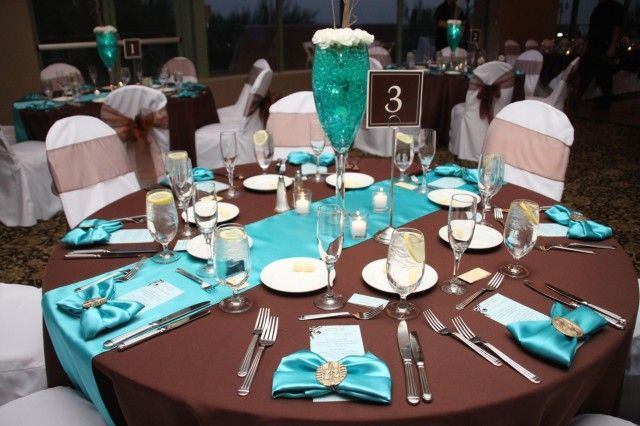 Chocolate And Teal Wedding Reception: AUTUMN INSPIRATION. Chocolate And Turquoise Wedding
