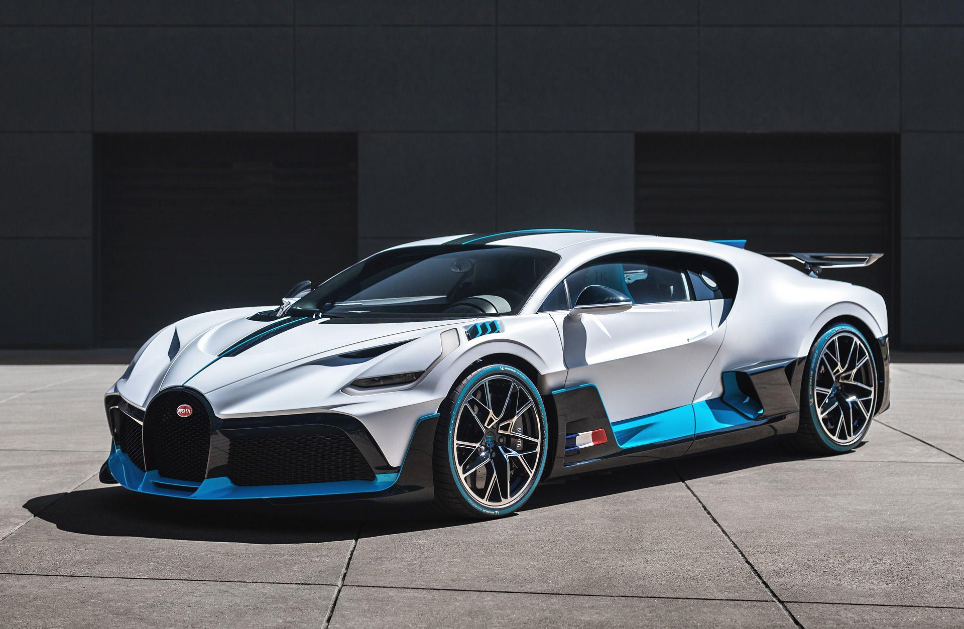 Https Www Motorauthority Com News 1127927 Bugatti Delivers First Divos To Customers In 2020 Super Car Bugatti Super Luxury Cars Bugatti Cars