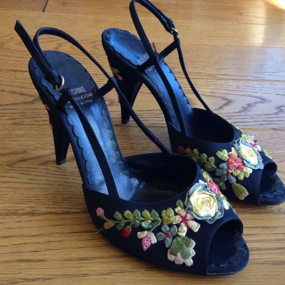 Black Embroidered Floral Ankle Strap Open Toe Chunky Heels
