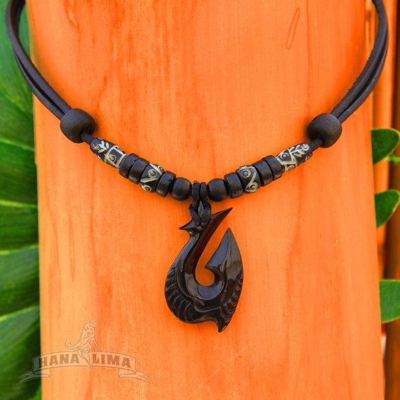Handmade Surfer Necklace Leather Men with Hei Matau from New Zealand