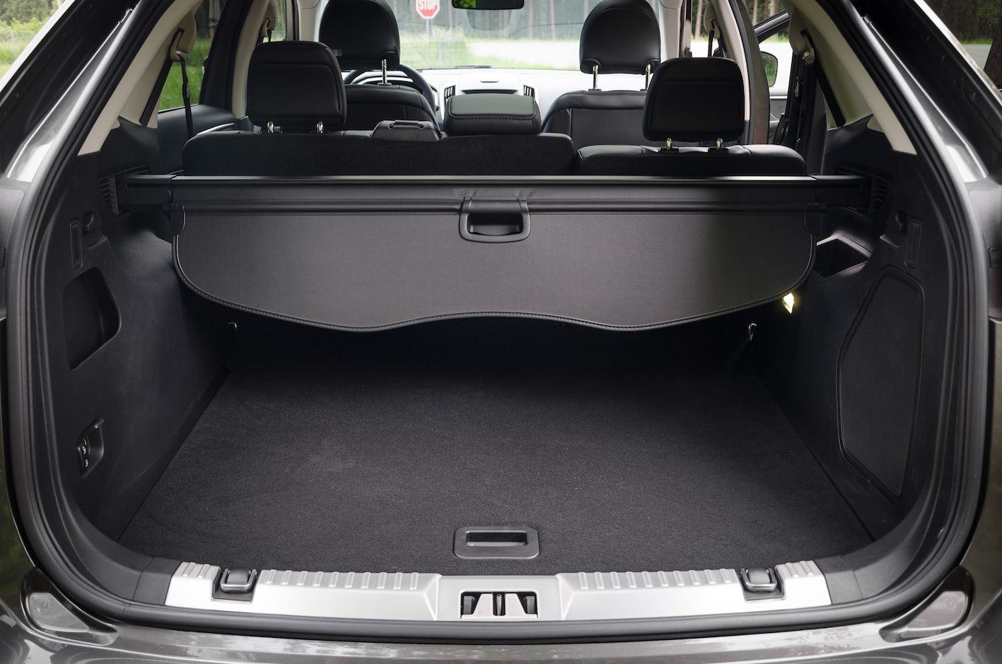 ford edge 2016 kofferraum trunk ford edge 2016. Black Bedroom Furniture Sets. Home Design Ideas