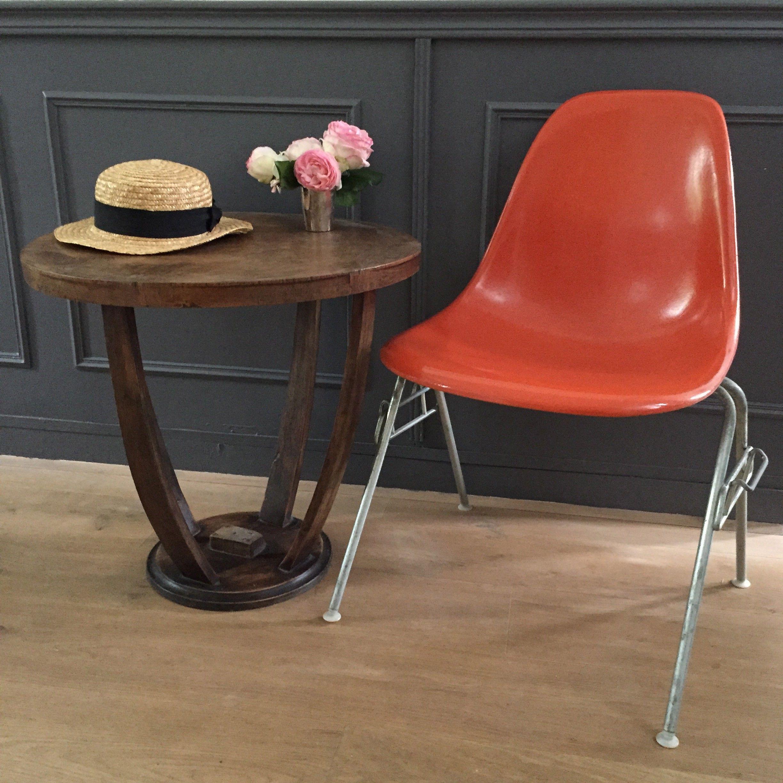 Authentique Chaise Eames Herman Miller D Occasion Vintage Design Avec Images Eames Chaise Empilable Meuble Deco