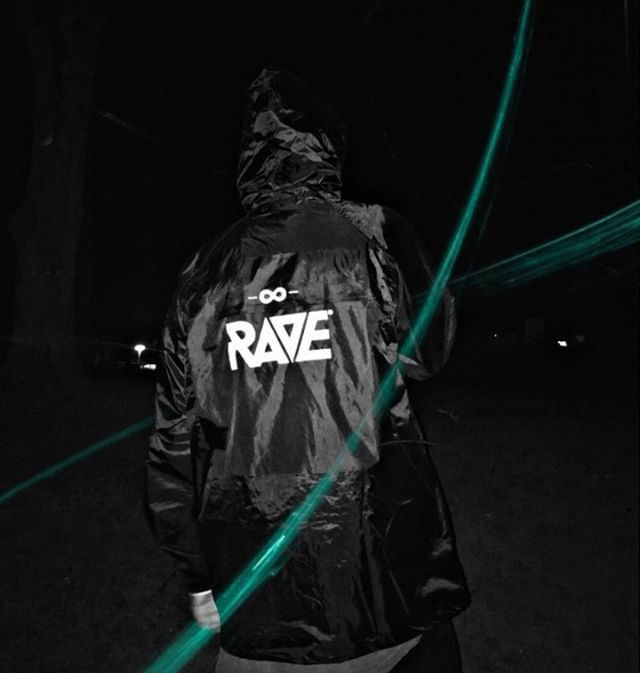 @martinstuff in unserer RAVE Regenjacke 🌧️ #ravexclothing  ⚡🔊 RAVE Clothing® Online-Shop 👉 www.rave-clothing.com  #raveclothing #ravefashion #technoshirt #techno #natureonefestival #technomerchandise #raven #technomusic #technoliebe #rave #raveboy #ravefamily #raveparty #technolife #technolove #technokind #raver #technodance #clubwear #technoboy #electronicmusic #lovetechno #technoparty #ilovetechno #letstechno #festival #ravelife #techhouse #technosquad
