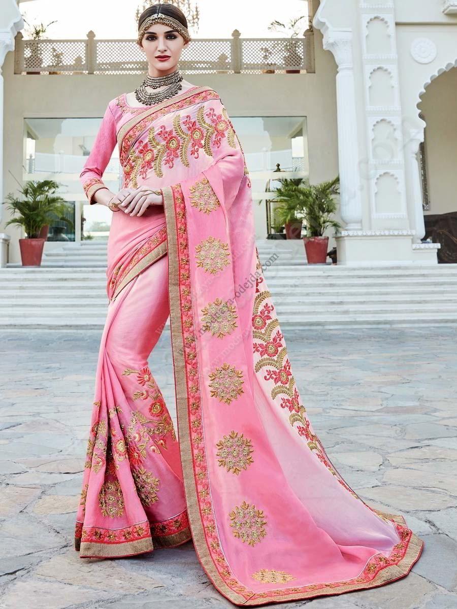 Розовое нежное индийское сари из креп-жоржета, украшенное вышивкой скрученной шёлковой нитью с люрексом и стразами