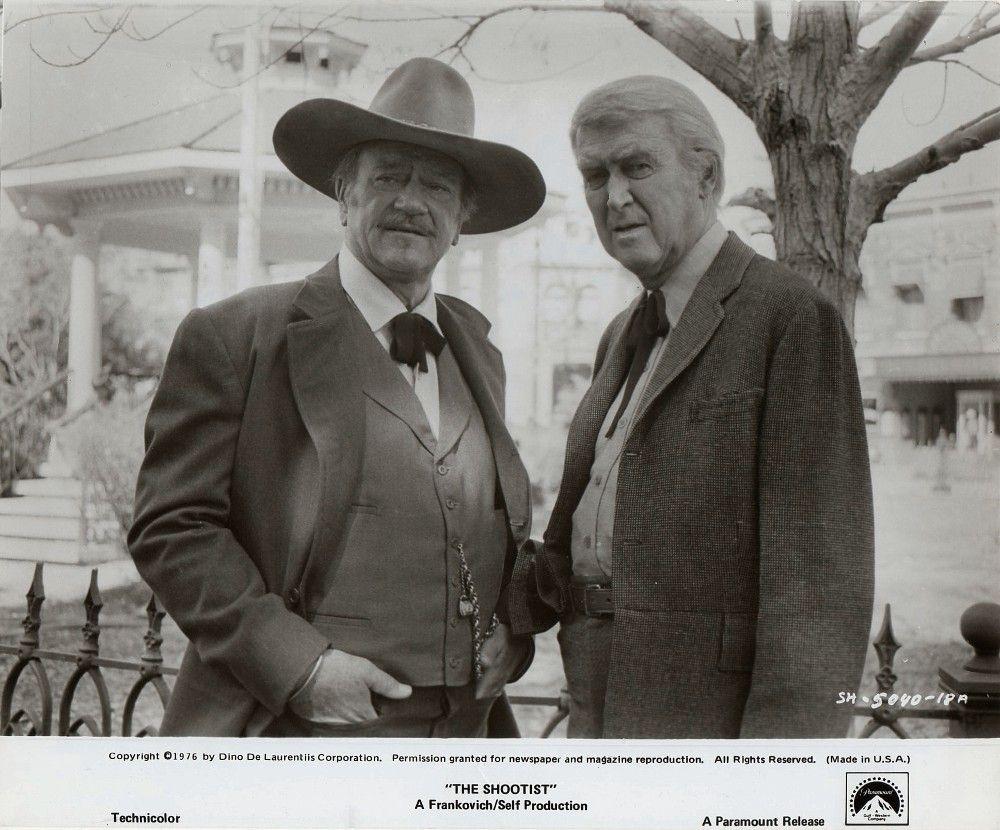 The Shootist Directed By Don Siegal Presented By Dino De Laurentiis Produced By M J Frankovich X2f William Self John Wayne John Wayne Movies Great Movies