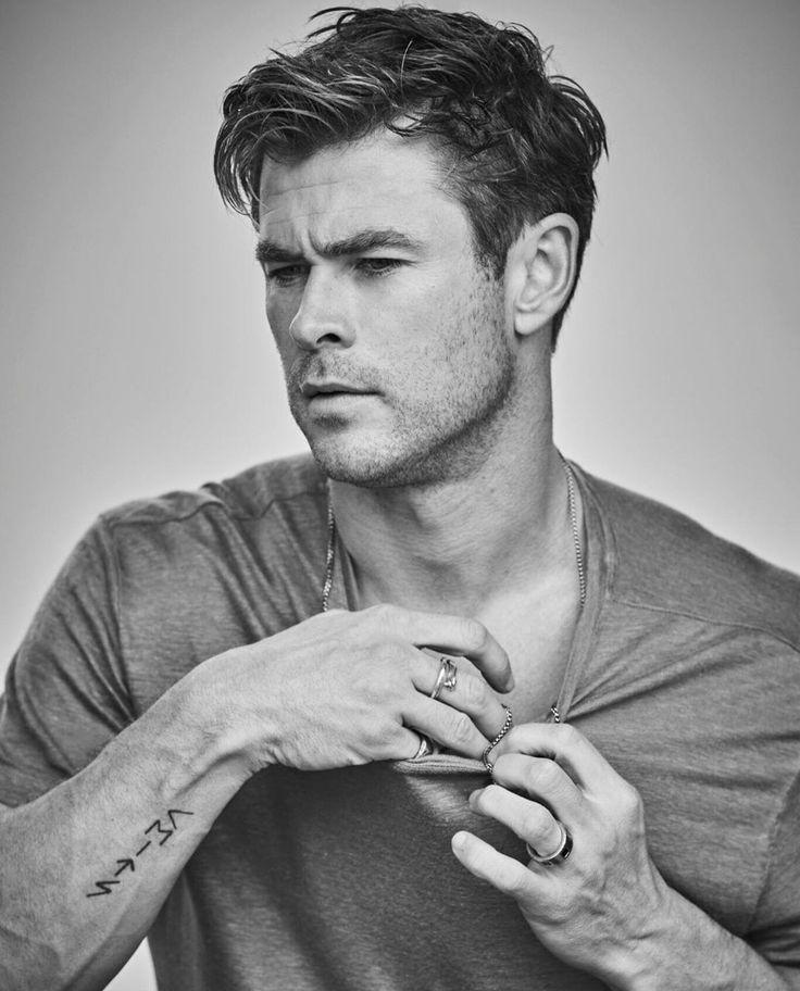 Rockstar Frisur In 2020 Chris Hemsworth Thor Chris Hemsworth Frisuren