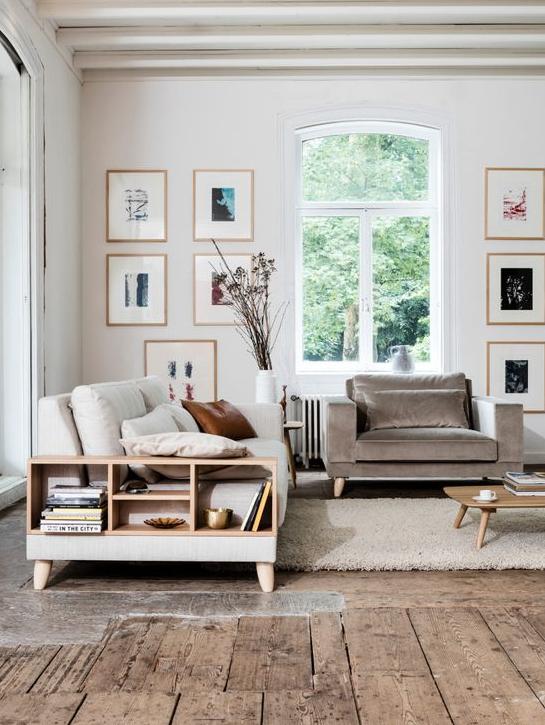 moderne woonkamer, witte tinten, grijze tinten. Landelijk interieur ...