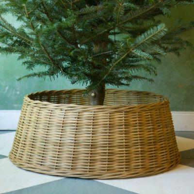 Wicker Basket Tree Skirt Christmas, Winter and Yule Pinterest