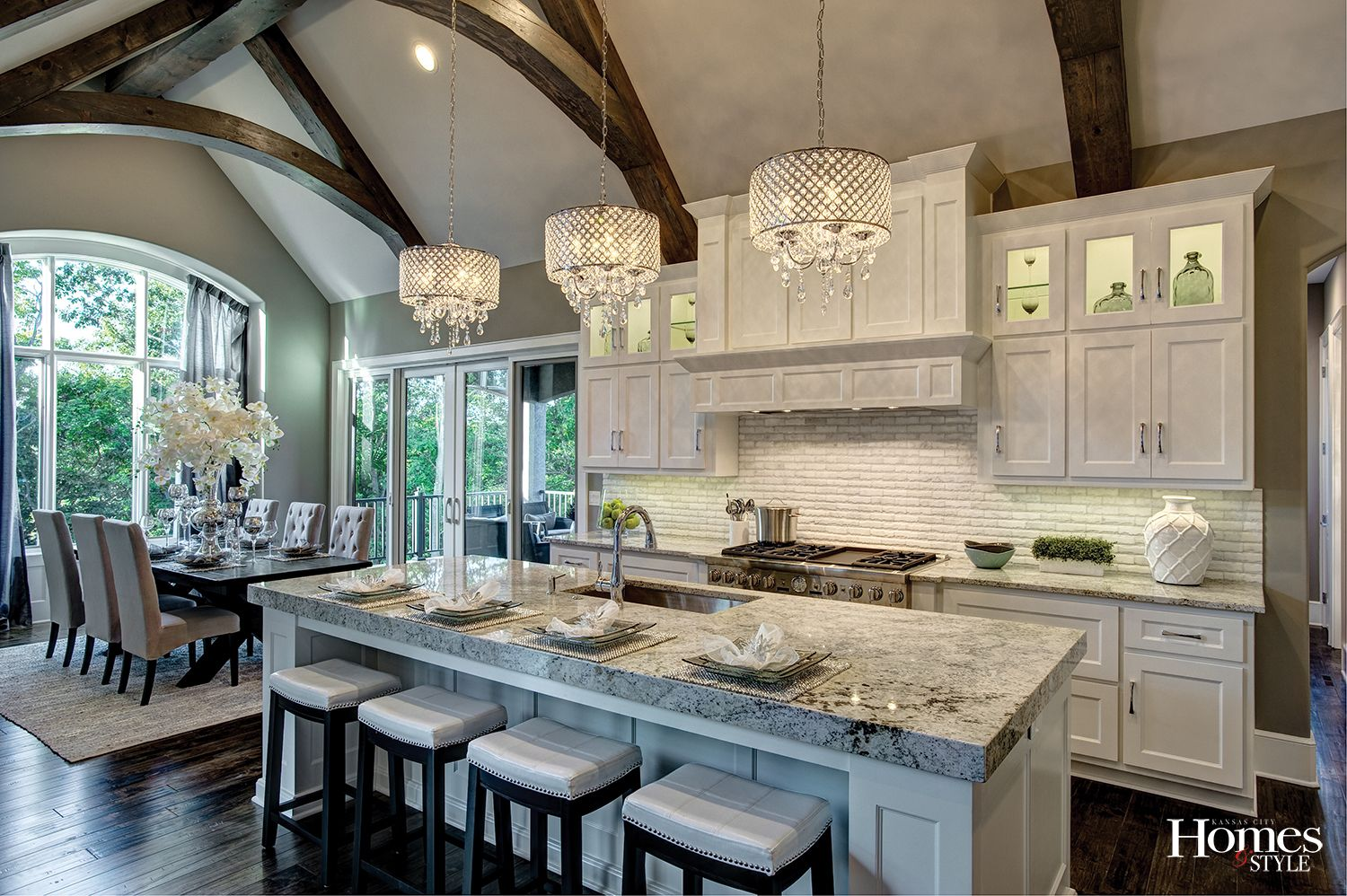 You Will Be The Talk Of The Town As You Entertain In The Gourmet Kitchen That Boasts Custom Lighted Cabinets And To Home Kitchens Kitchen Remodel Kitchen Decor