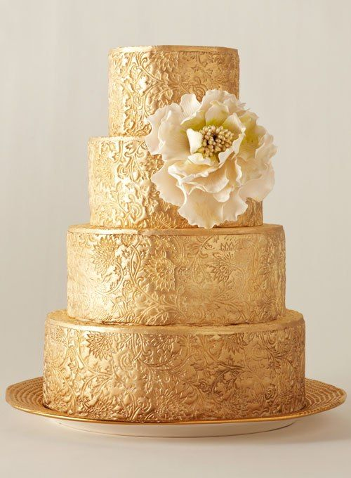 10 Beautiful and Unique Wedding Cakes | Golden cake, Cupcake stands ...