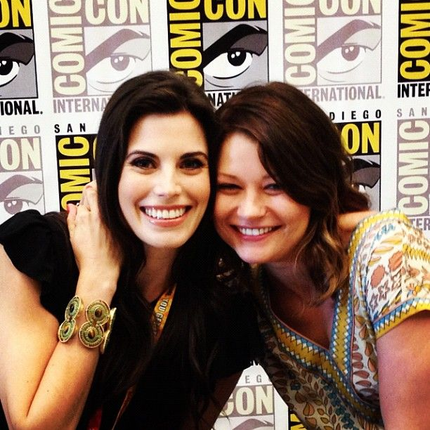 Meghan Ory (yum) and Emilie de Ravin (Once Upon A Time) at Comic-Con 2012.