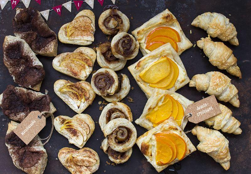 Lehtitaikinasta valmistettu leivoslajitelma on näppärä valinta pikkujoulutarjoiluun. Näyttävät leivokset valmistuvat nopeasti ja täytteiksi voit valita niin makeita kuin suolaisiakin makuja.