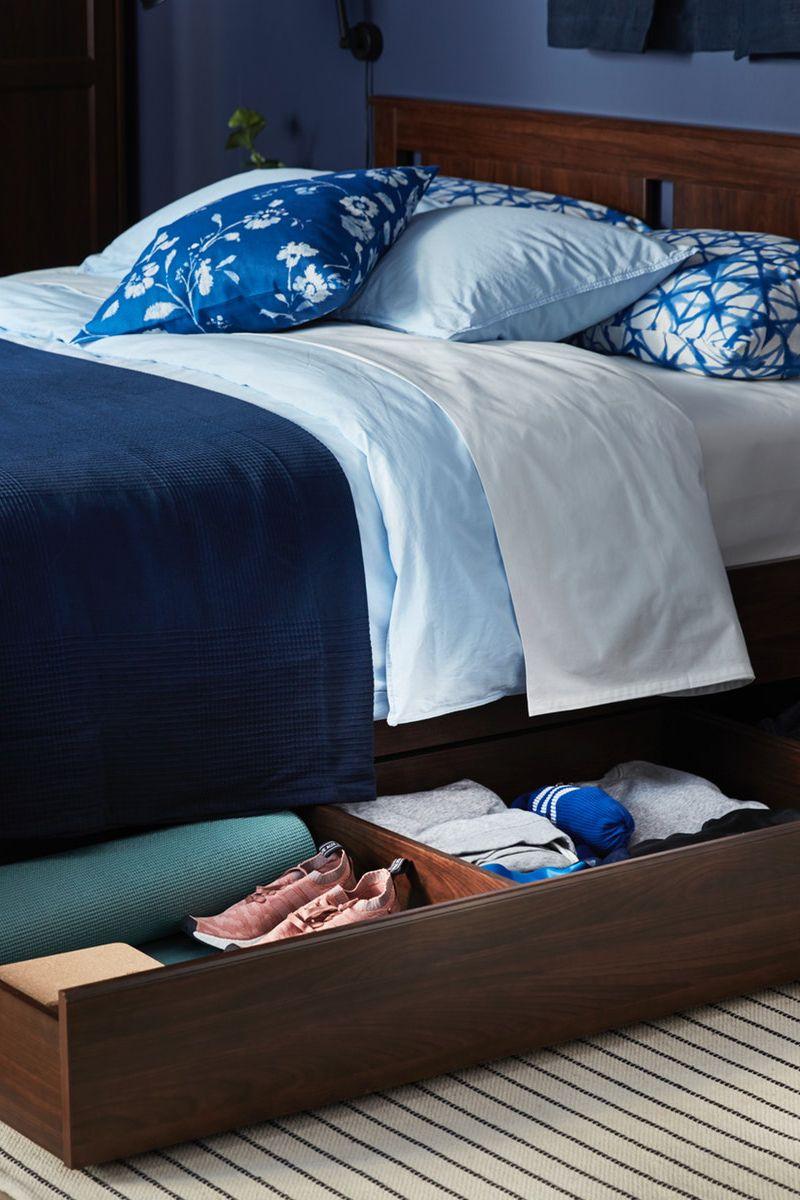 Songesand Bettgestell Mit 2 Kasten Braun Lonset Ikea Deutschland In 2020 Bettgestell Verstellbare Betten Tagesdecke