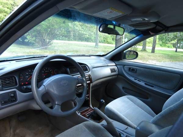 Make Nissan Model Altima Year 2001 Exterior Color Blue Interior