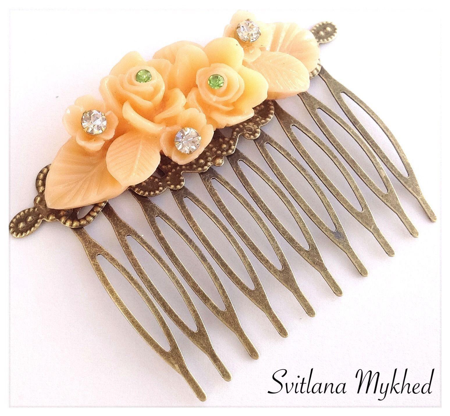 Peigne (filigrane) à cheveux metal bronze style retro vintage cabochon acrylique incrusté de strass : Accessoires coiffure par perles-et-couronnes