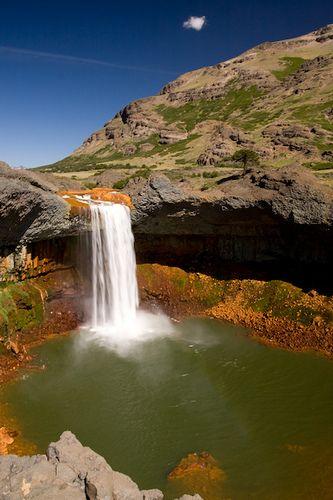 Cascada del Agrio, Neuquén. Es de este colorrrrr!!!!!!