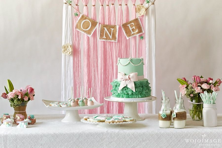Yarn Backdrop One Year Old Girl Birthday Party Ideas. 1