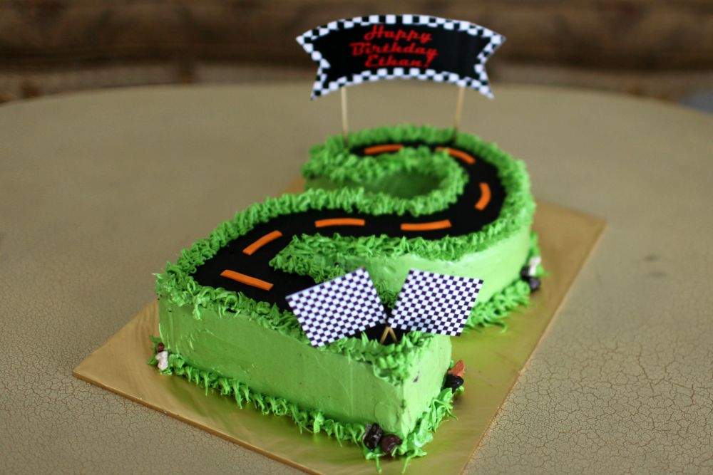 36 Awesome Car Cake Number 2 Images Cars Birthday Cake Cake