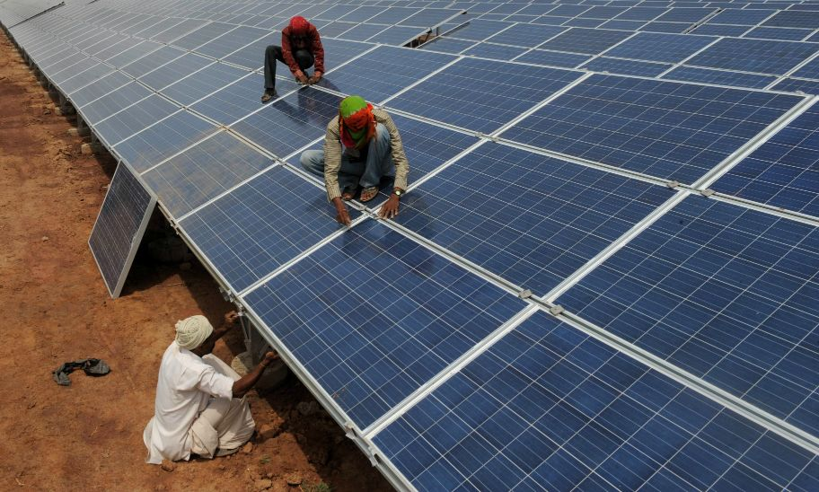 While The Trump Administration Rolls Back U S Emissions Controls The Other Top Emitters Are Moving Solar Power House Solar Power Plant Solar Panels For Home