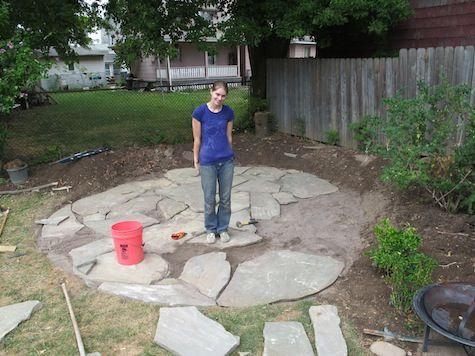 diy flagstone patio good tips for laying crusher and sand - Stone Patio Ideas On A Budget