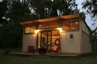 Backyard Art Studio! Glorious!