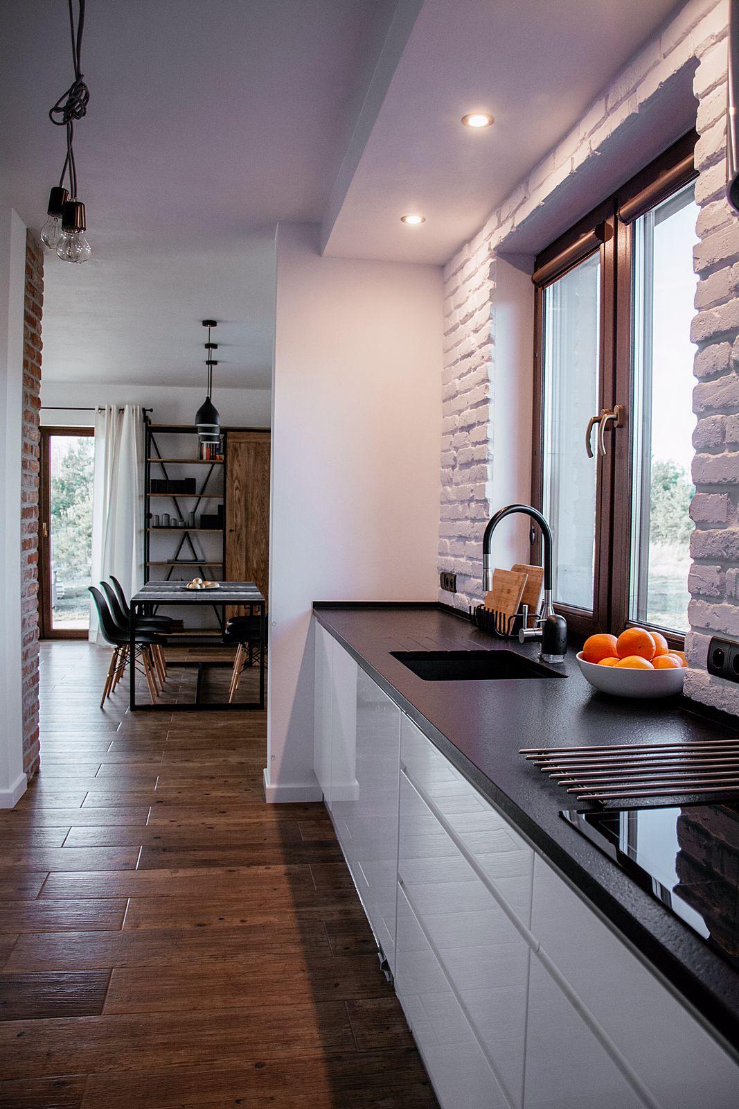 Zdjecie Kuchnia W Nowoczesnym Stylu Farmhouse Kitchen Design Home Kitchens Kitchen Design