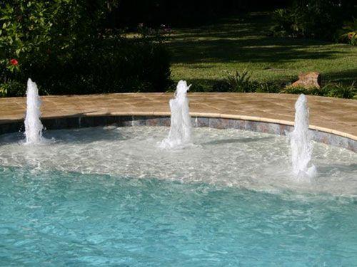 Bubblers Spaced | Pools | Custom pools, Platinum pools, Pool ...