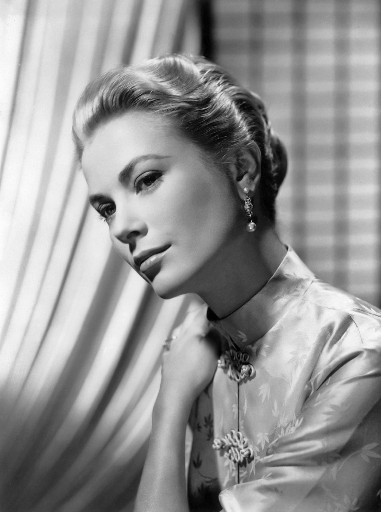Virgil Hapger, Portrait of Grace Kelly for Green Fire directed by Andrew Marton, 1954