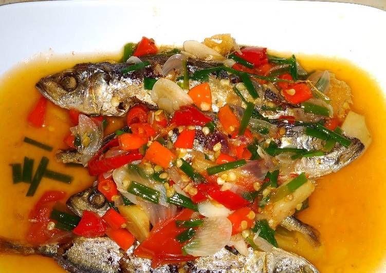 Resep Ikan Pindang Kuah Pedas Enak Banget Oleh Nuraliah Resep Resep Ikan Ikan Resep