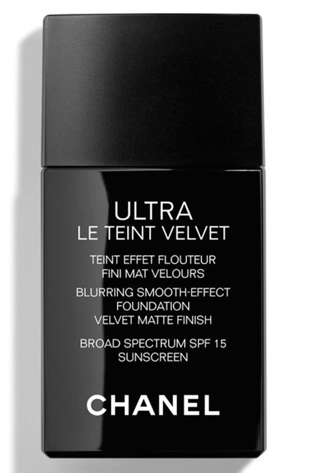 CHANEL ULTRA LE TEINT Velvet Blurring SmoothEffect
