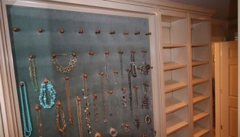 really need the jewelry board in my closet