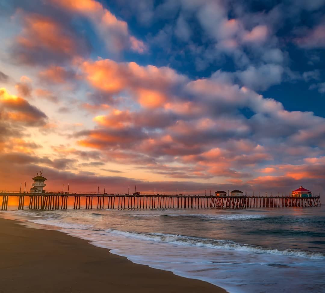 Sunrise At Huntington Beach Pier Pretty Great Way To Spend A Morning Huntingtonbeachpier Hu Huntington Beach Best California Beaches Huntington Beach Pier